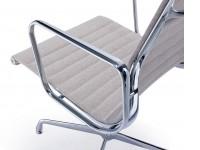 Bild von Stuhl-Design Besucherstuhl EA108 - Grau beige