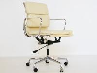 Bild von Stuhl-Design Eames Soft Pad EA217 - Beige