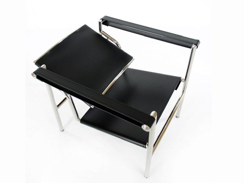 Chaise lc1 le corbusier noir for Chaise salon noir