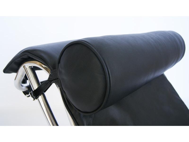 Lc4 chaise longue noir for Chaise longue noire