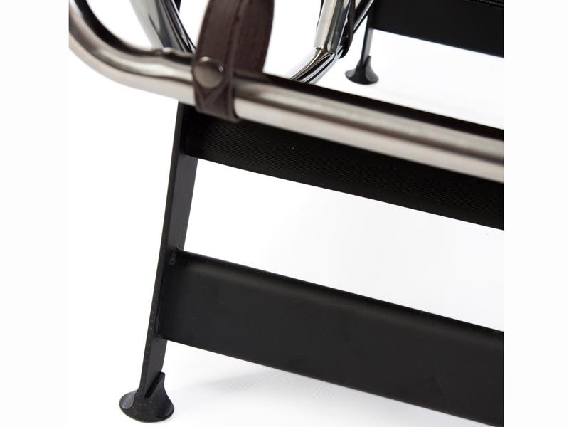 Image du fauteuil design LC4 Sedia a sdraio - Marrone