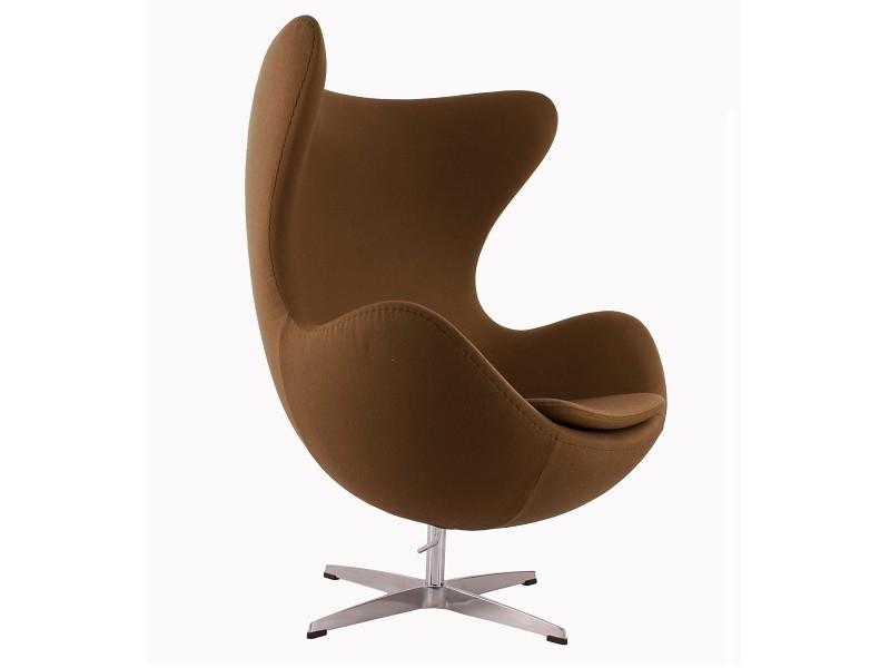 Image du fauteuil design Poltrona Egg AJ - Marrone cioccolato