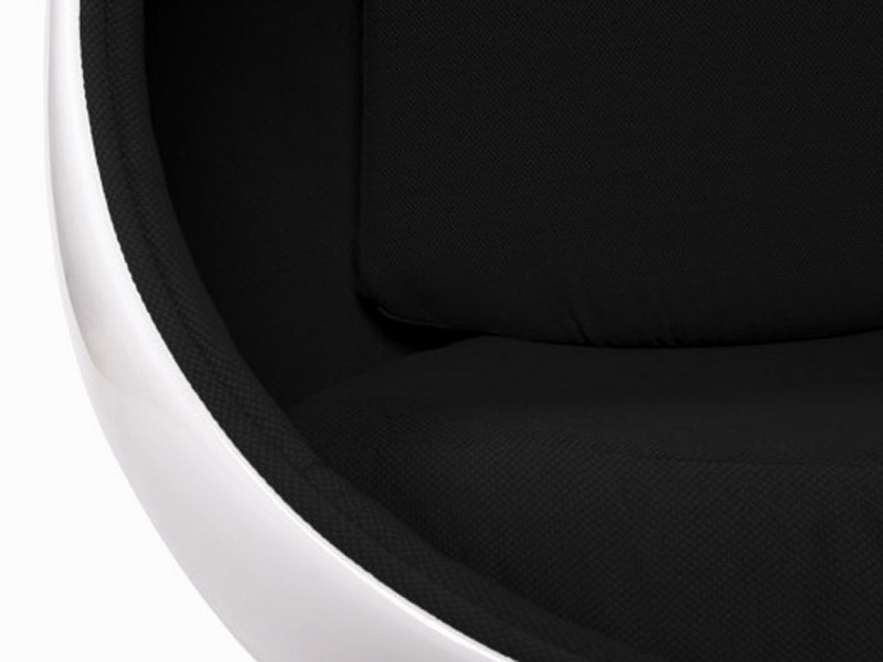 Image du fauteuil design Poltrona Egg Oval Earo Aarnio - Nero