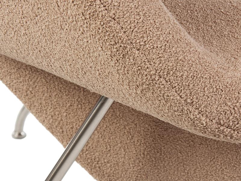 Image du fauteuil design Poltrona Womb - Sabbia