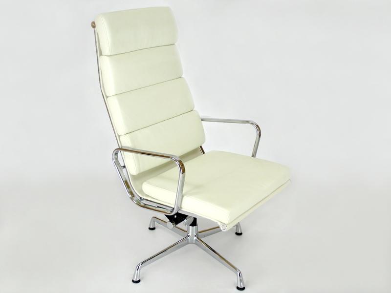 Sedia lounge ea222 bianca - Poltrone famose design ...