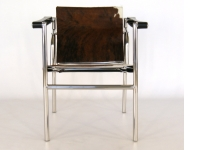 Image du fauteuil design Chaise LC1 Le Corbusier - Pony marron