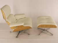 Image du fauteuil design Fauteuil Lounge Eames - Noyer clair
