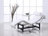 Image du fauteuil design LC4 Sedia a sdraio - Bianco