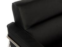 Image du fauteuil design Poltrona Jacobsen Serie 3300
