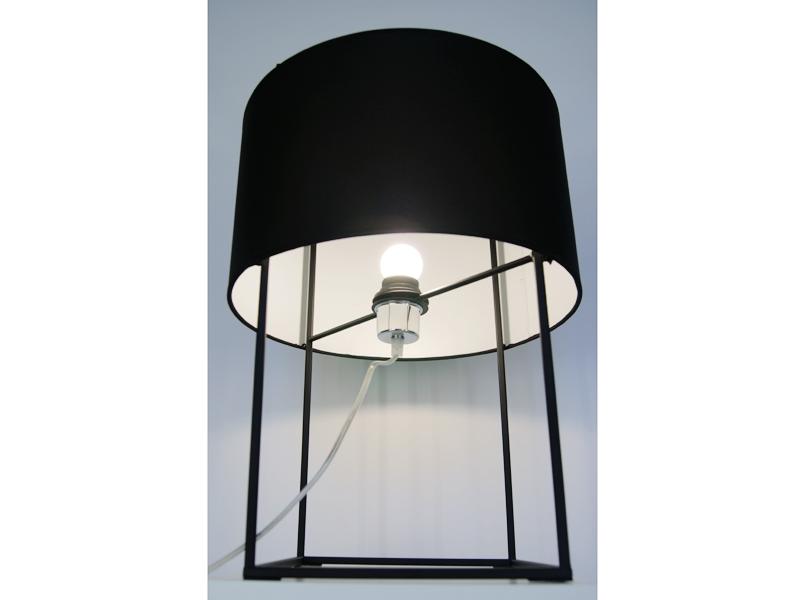 Image de la lampe design Lampada da Tavolo Lewit M - Nero