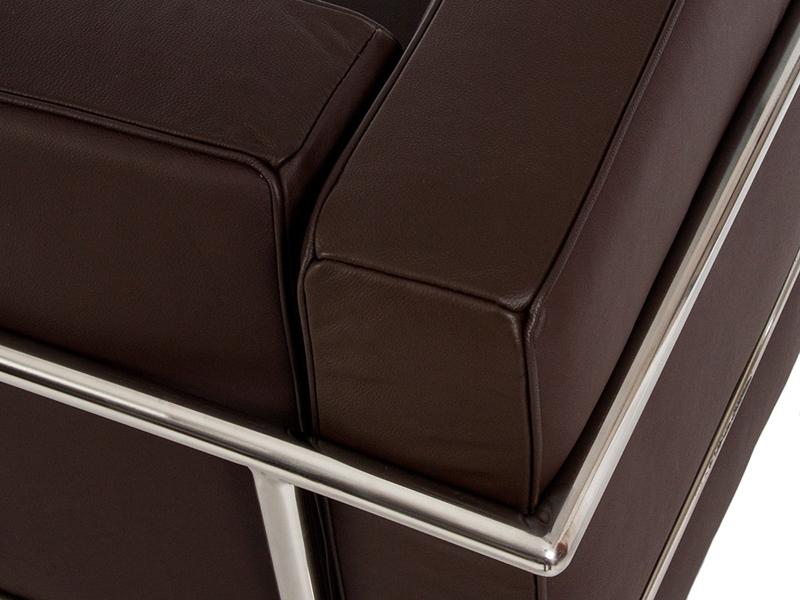 Image du mobilier design LC2 Le Corbusier 2 Plazas - Marrón