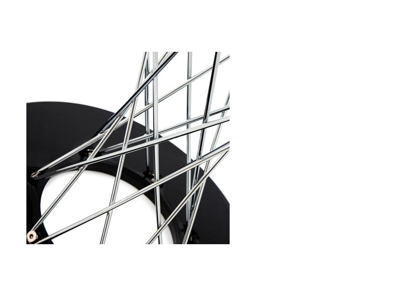 Image du mobilier design Mesa Cyclone Noguchi y 6 sillas