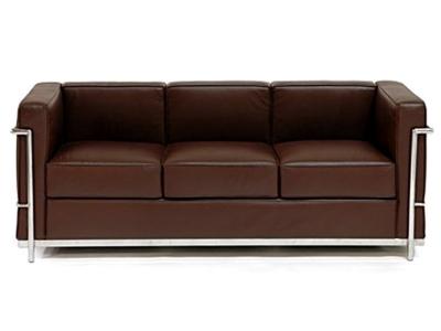 Image du mobilier design LC2 Le Corbusier 3 plazas - Marrón