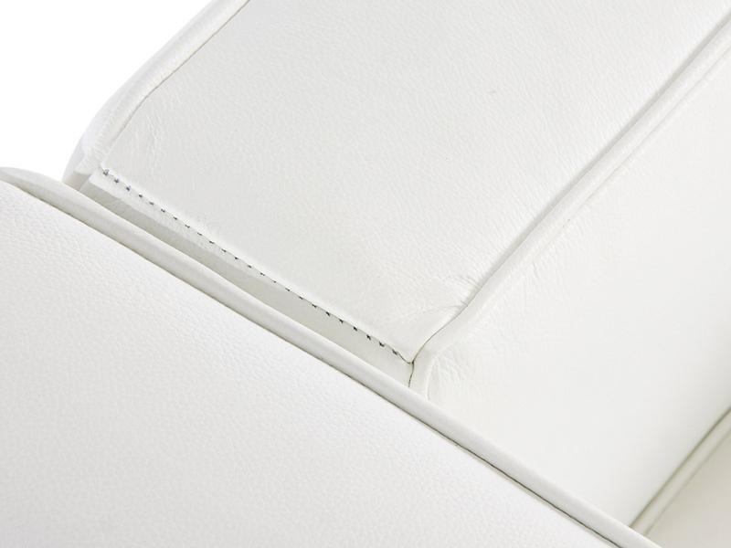 Image du mobilier design LC2  Poltrona Largo Le Corbusier-Bianco