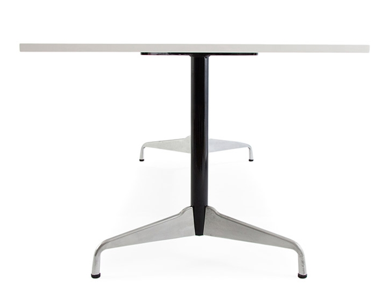 Table eames contract blanc for Mobilier design eames