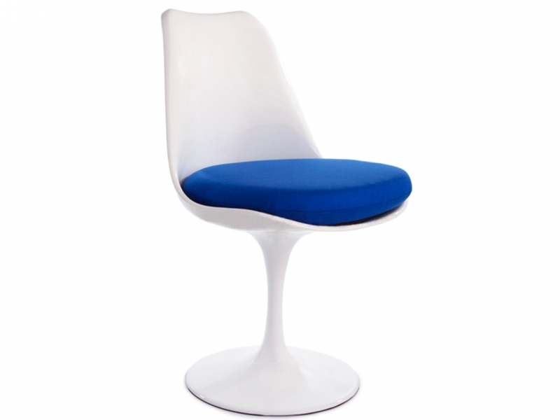Image du mobilier design Tavolo Tulip Saarinen con 2 sedie