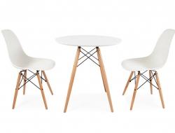 Image du mobilier design Table d'appoint Eames et 2 chaises