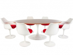 Image du mobilier design Table ovale Saarinen et 6 chaises
