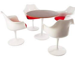Image du mobilier design Table Tulip Saarinen et 4 chaises