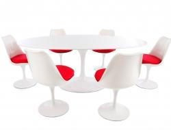 Image du mobilier design Tavolo ovale Saarinen con 6 sedie