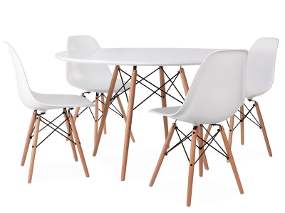 Image du mobilier design Table Eames WDW et 4 chaises