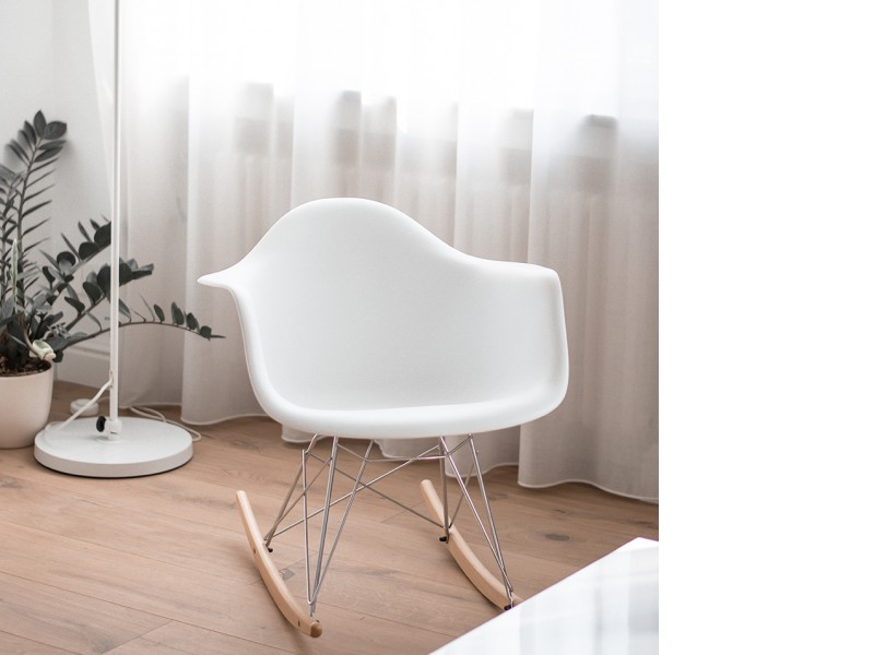Image de la chaise design Eames Rocking Chair RAR - Blanco