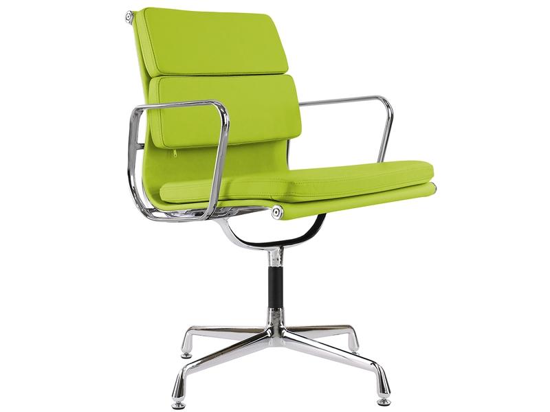 Image de la chaise design Eames Soft Pad EA208 - Verde manzana