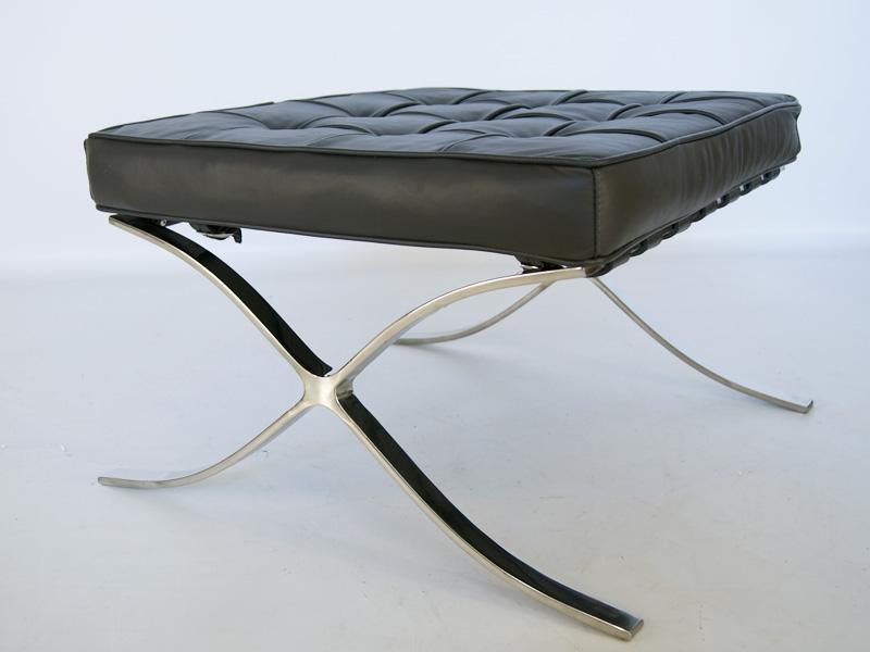 Image de la chaise design Ottoman Barcelona - Gris oscuro