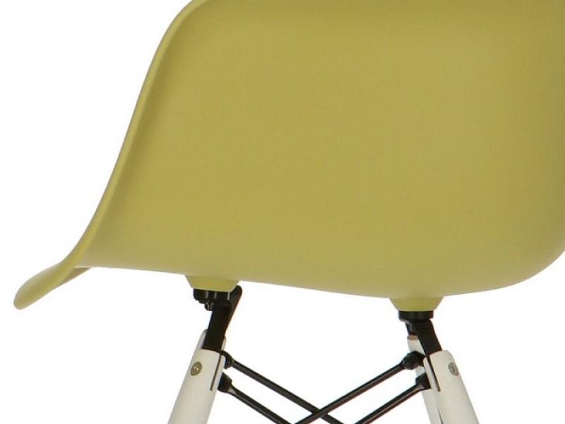 Image de la chaise design Silla DAW - Verde oliva