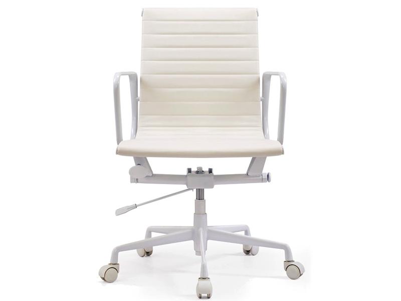 Image de la chaise design Silla EA117 Edición Especial - Blanco