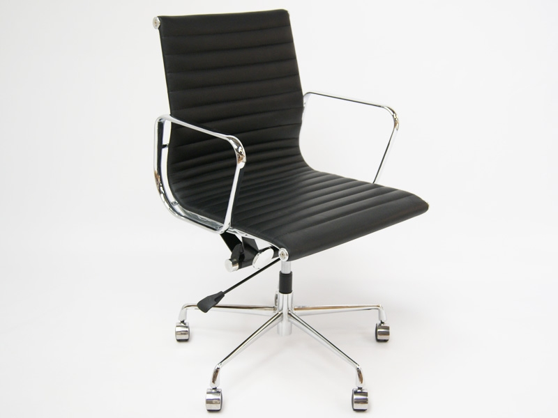 silla eames alu ea117 negro