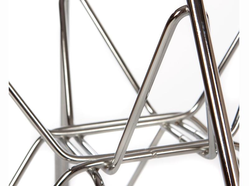 Image de la chaise design Silla Eames DSR - Marrón