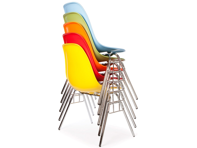 Image de la chaise design Silla Eames DSS apilable - Crema