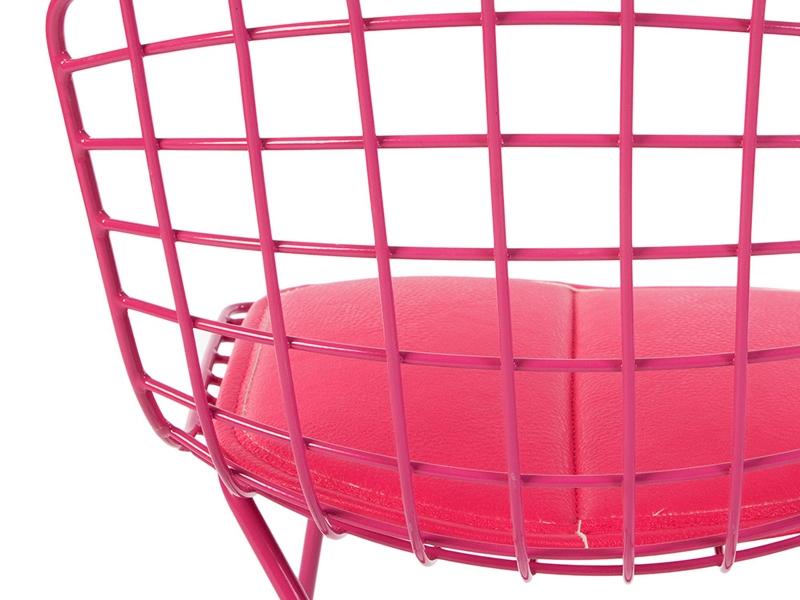 Image de la chaise design Silla nino Bertoia Wire Side - Rosa
