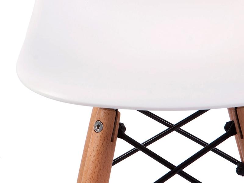 Image de la chaise design Silla Nino Eames DSW - Blanca
