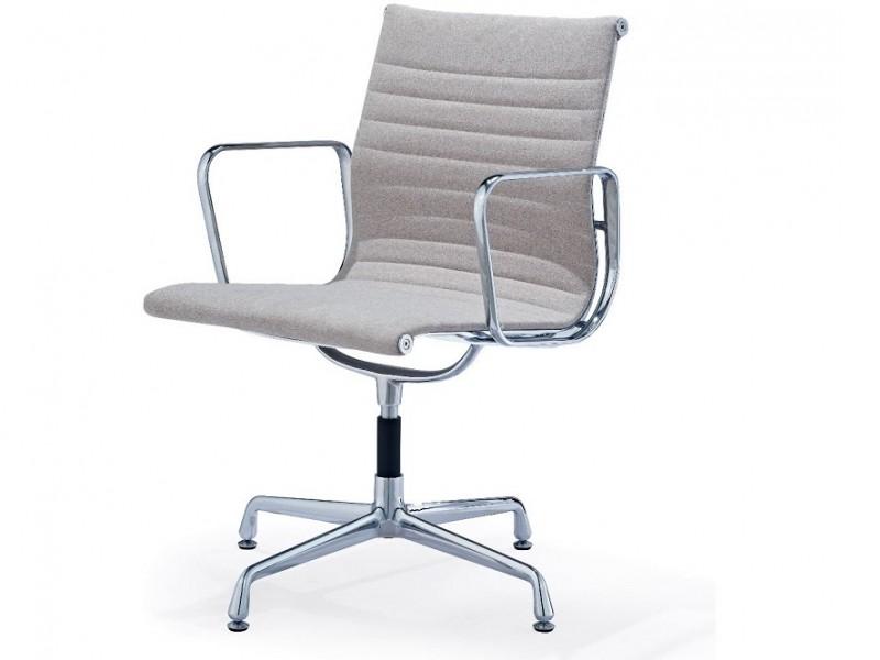 Image de la chaise design Silla visitante EA108 - Gris beige