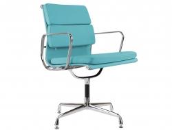 Image de la chaise design Eames Soft Pad EA208 - Azul