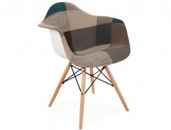 Image de la chaise design Silla DAW acolchada - Patchwork azul