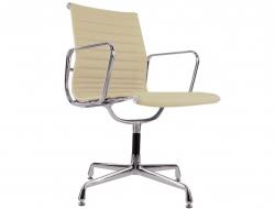 Image de la chaise design Silla visitante EA108 - Beige
