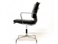 Image de la chaise design Eames Soft Pad EA208 - Negro