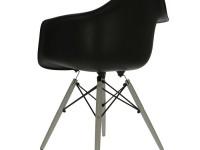 Image de la chaise design Silla Cosy Madera - Negro