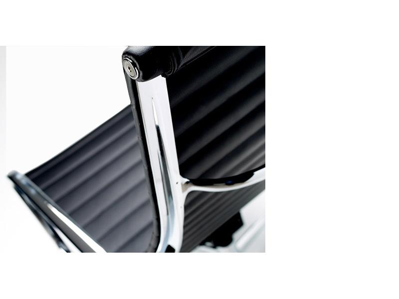 Image du fauteuil design Silla Lounge EA124 - Negra