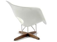 Image du fauteuil design Eames La Chaise - Blanco