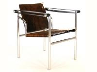 Image du fauteuil design Silla LC1 Le Corbusier - Pony marrón