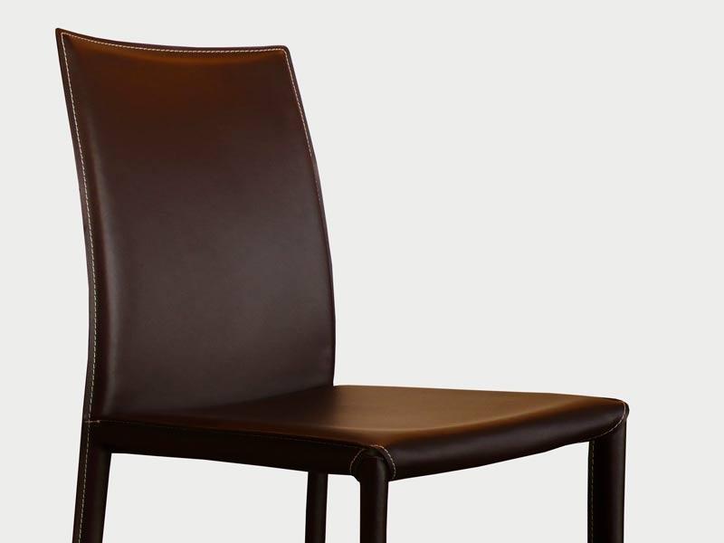 chaise en cuir costa marron. Black Bedroom Furniture Sets. Home Design Ideas