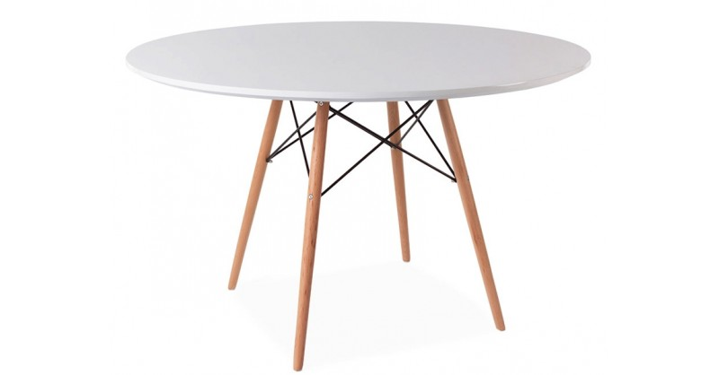 eames tisch wdw mit 4 st hlen. Black Bedroom Furniture Sets. Home Design Ideas