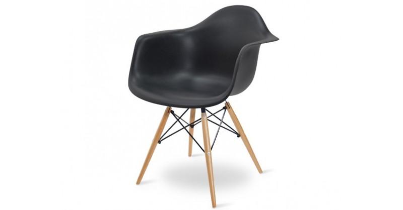 Designer-Stühle und -Möbel bester Qualität: Famous-Design